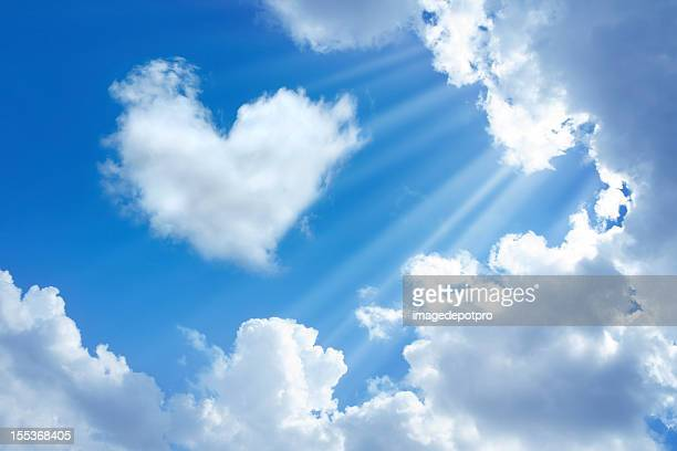 heart in sky - spirituality stockfoto's en -beelden