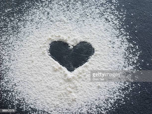 Heart made out of icing powder