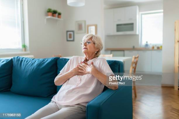 heart problems can affect anyone at any time - heart attack stock pictures, royalty-free photos & images