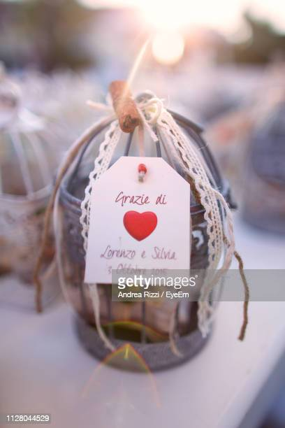 heart shape and text on gift - andrea rizzi foto e immagini stock