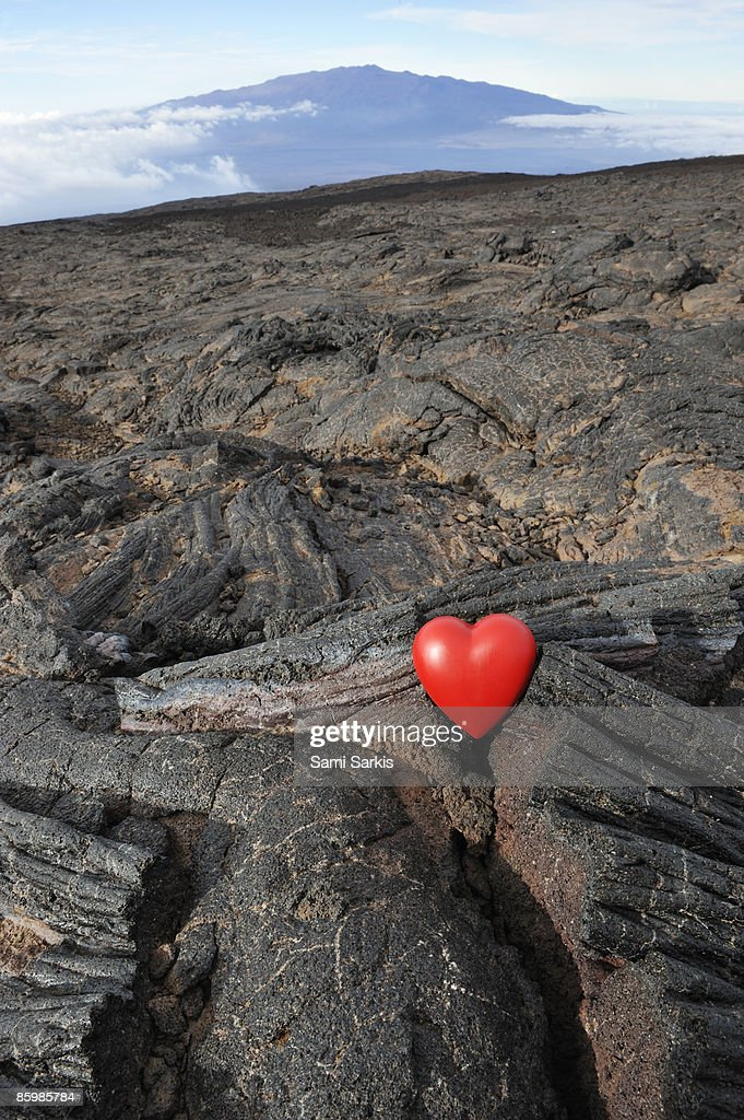 Heart shape on Mauna Kea volcano slopes : Stock Photo