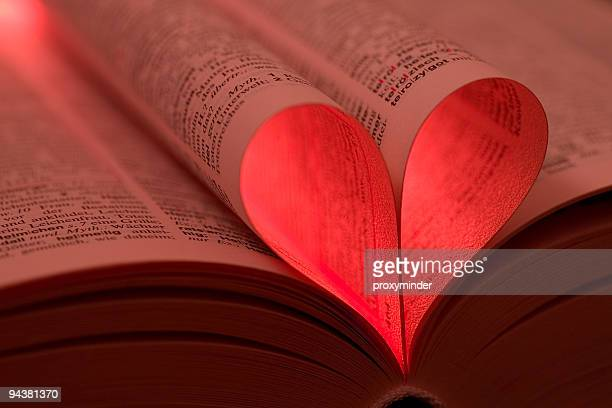 heart shape - romanticism stock pictures, royalty-free photos & images