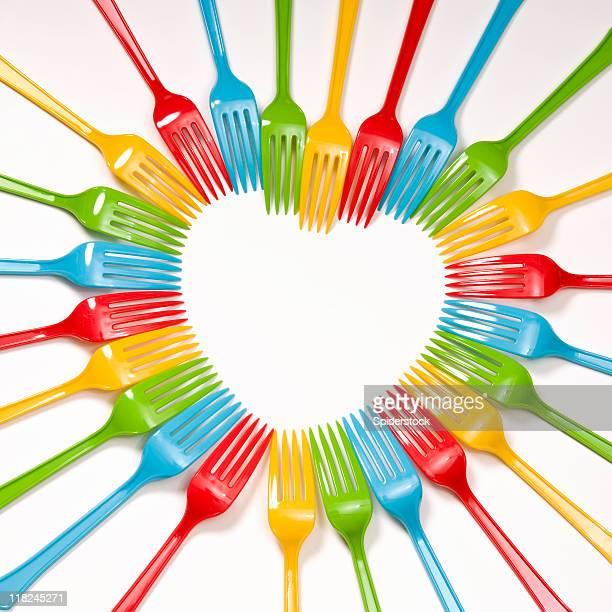 Coração em forma de plástico colorido Forks