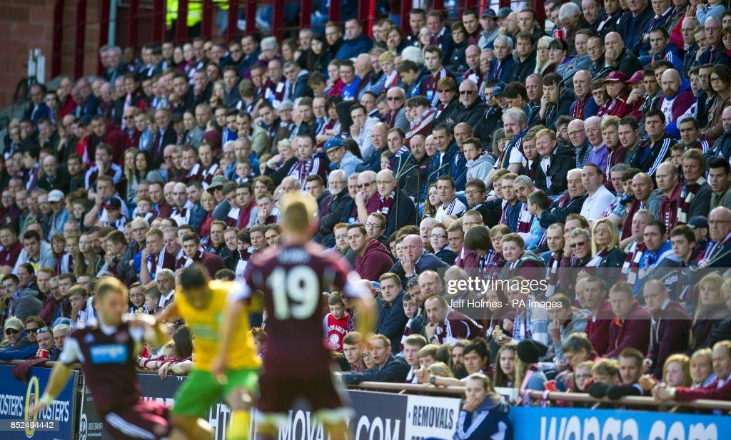 Soccer - Scottish Premiership - Hearts v Celtic - Tynecastle Stadium : ニュース写真