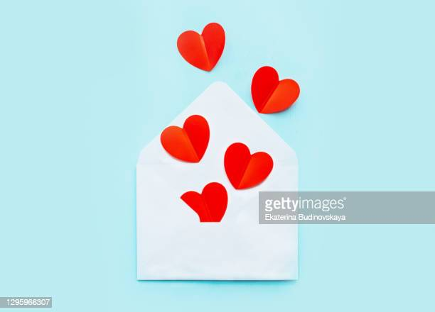 hearts from the envelope on valentine's day - mail stock pictures, royalty-free photos & images