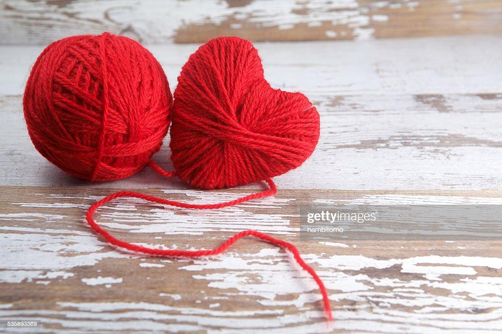 Heart-shaped ball of yarn : Stock Photo