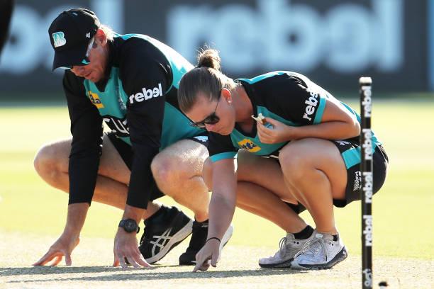 AUS: WBBL Semi Final - Brisbane v Sydney