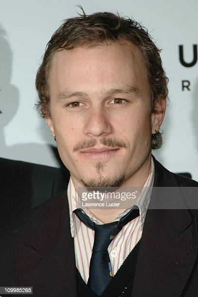 Heath Ledger during Brokeback Mountain New York City Premiere Inside Arrivals at Loews Lincoln Center in New York City New York United States