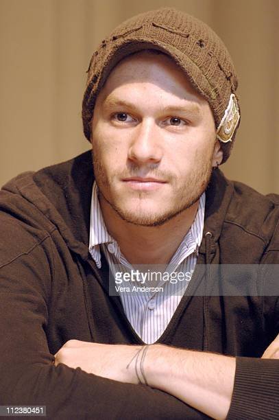 Heath Ledger during 'Lords of Dogtown' Press Conference with Heath Ledger Emile Hirsch John Robinson Victor Rasuk Nikki Reed and Catherine Hardwicke...