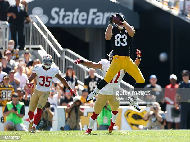 Heath Miller of the Pittsburgh Steelers makes a reception during the game against the San Francisco 49ers at Heinz Field on September 20 2015 in...