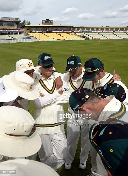 Heath Streak, Captain of Zimbabwe, talks to his team prior to the start of the tour match between Zimbabwe and British Universities on May 3, 2003 in...