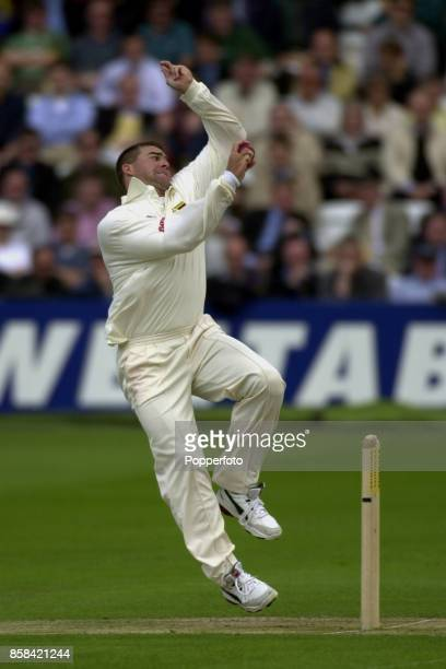 Heath Streak of Zimbabwe bowling during the First Cornhill Test match between England and Zimbabwe at Lord's Cricket Ground in London on May 19, 2000.