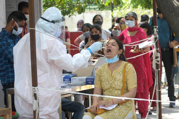 IND: Medical Team Conducts COVID-19 Coronavirus Test