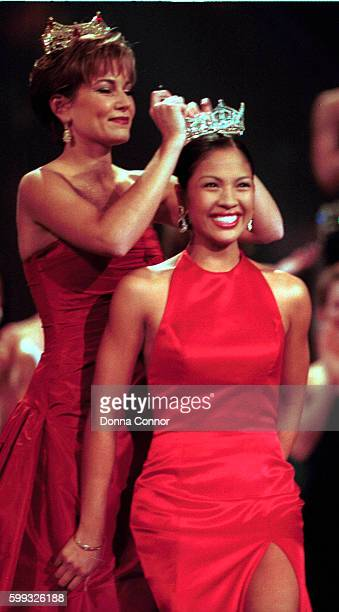 Heather French left Miss America 2000 crowns Angela Perez Baraquio Miss America 2001 Baraquio is the first AsianAmerican to hold the title