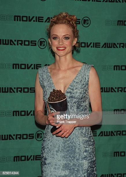 Heather Graham with her award for breakthrough performance for the movie 'Boogie Nights'