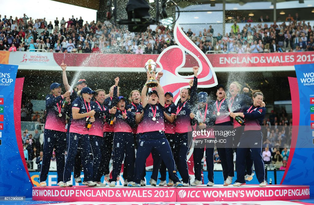 Heather Knight of England(C) lifts the World Cup trophy during the ICC Women's World Cup 2017 Final between England and India at Lord's Cricket Ground on July 23, 2017 in London, England.