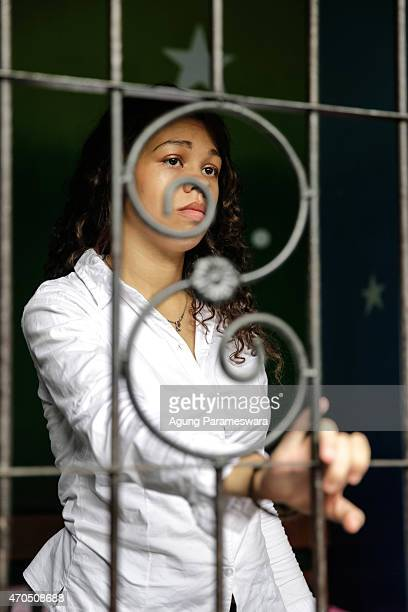 Heather Mack of the United States stands in a jail as she awaits her verdict hearing on April 21, 2015 in Denpasar, Bali, Indonesia. An Indonesian...