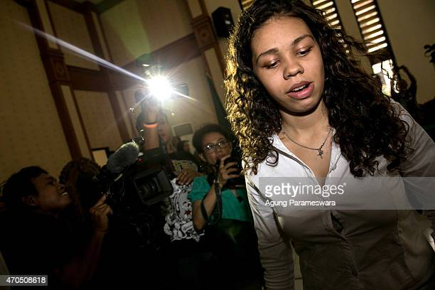Heather Mack of the United States walks to the courtroom ahead of her verdict hearing on April 21, 2015 in Denpasar, Bali, Indonesia. An Indonesian...