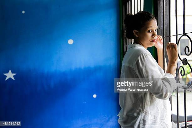 Heather Mack of the US waits in a cell before her first hearing trial on January 14, 2015 in Denpasar, Bali, Indonesia. Heather Mack and her...