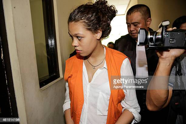 Heather Mack of the US walks to a courtroom during her first hearing trial on January 14, 2015 in Denpasar, Bali, Indonesia. Heather Mack and her...