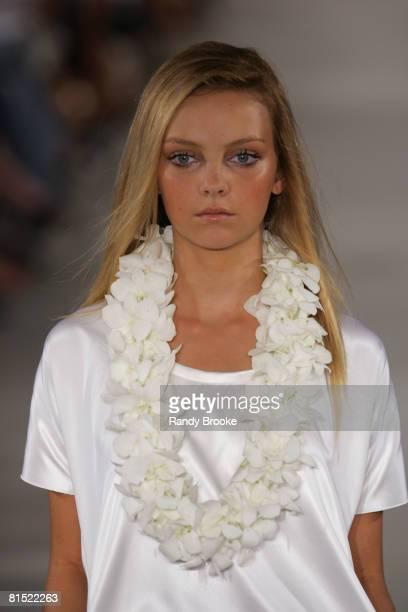 Heather Marks wearing Derek Lam Spring 2006