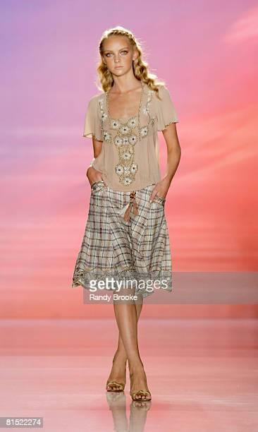 Heather Marks wearing Matthew Williamson Spring 2005