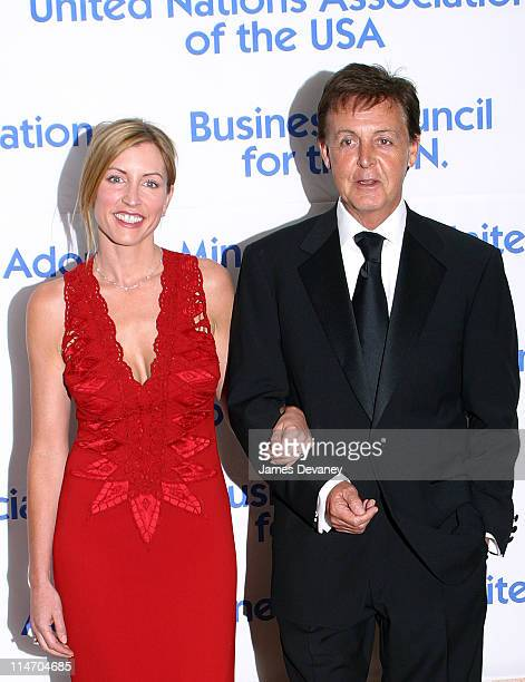 Heather Mills McCartney Sir Paul McCartney during United Nations Association 2002 Global Leadership Awards at Sheraton Hotel in New York City New...