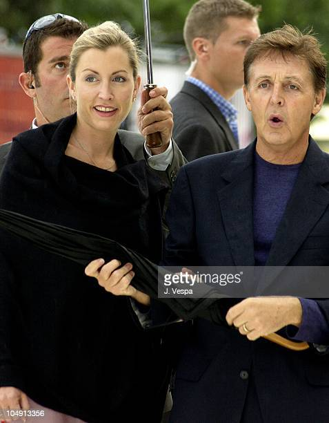 Heather Mills & Paul McCartney during Venice 2001 - Tuesday Premiere at Sala Grande in Venice Lido, Italy.