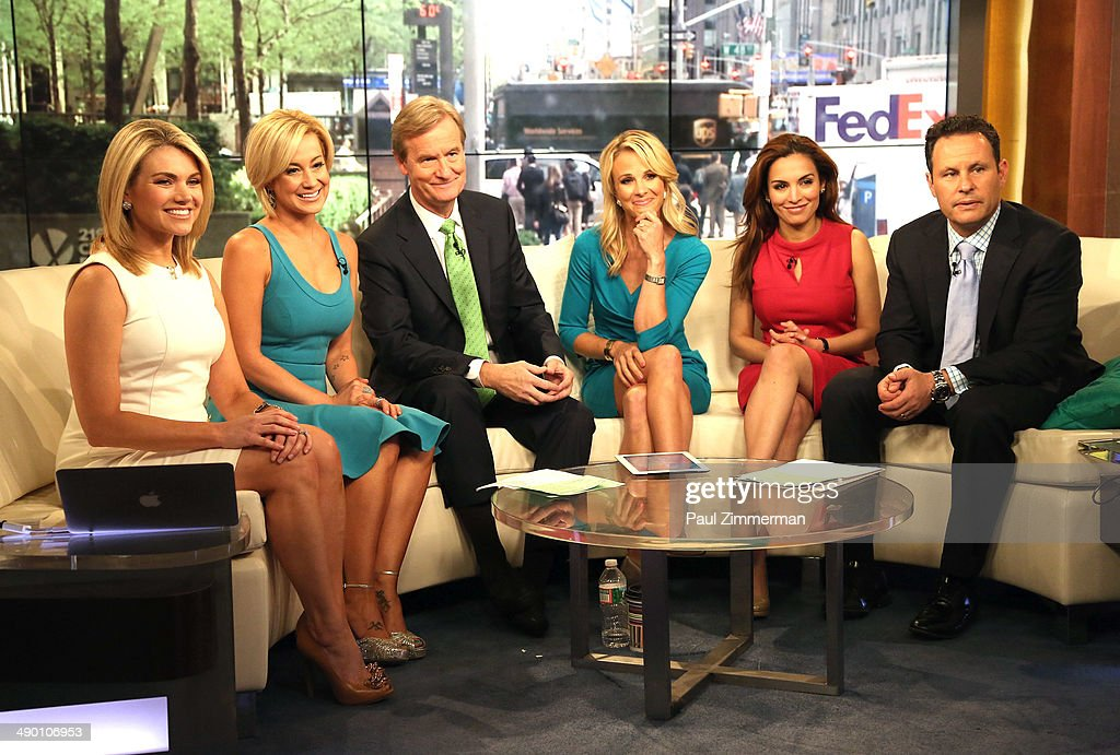 """Kellie Pickler Visits """"FOX & Friends"""""""