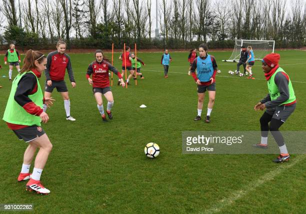 Heather O'Reilly Vivanne Miedema Lisa Evans Ava Kuyken and Danielle Carter of Arsenal during an Arsenal Women Training Session at London Colney on...