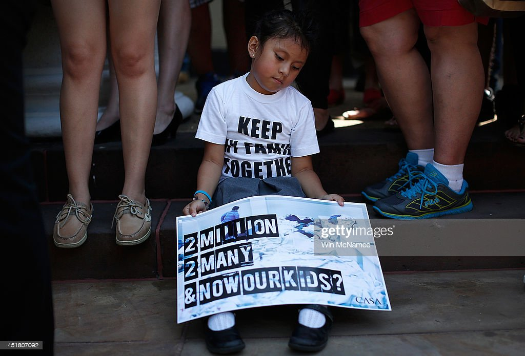 Immigrants And Activists Protest Obama Response To Child Immigration Crisis : News Photo
