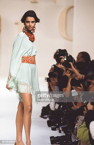 Heather Stewart Whyte walks the runway at the Valentino Ready to Wear Spring/Summer 1991 fashion show during the Paris Fashion Week on October, 1990...