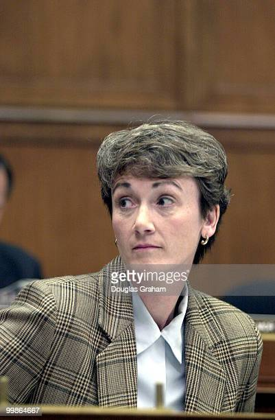Heather Wilson RNM during the hearing on the Firestone Tire recall