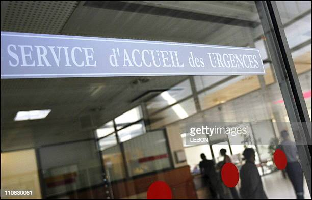 Heatwave 2006 The Emergency Department Of The Avicenne Hospital ApHp Service Of Professor Hoang The Dan In Paris France On July 25 2006 Heatwave 2006...