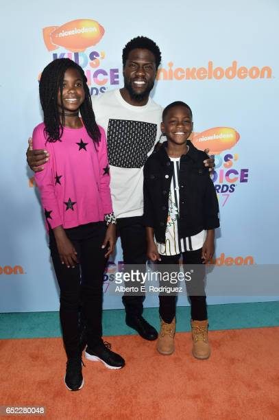 Heaven Hart actor Kevin Hart and Hendrix Hart at Nickelodeon's 2017 Kids' Choice Awards at USC Galen Center on March 11 2017 in Los Angeles California