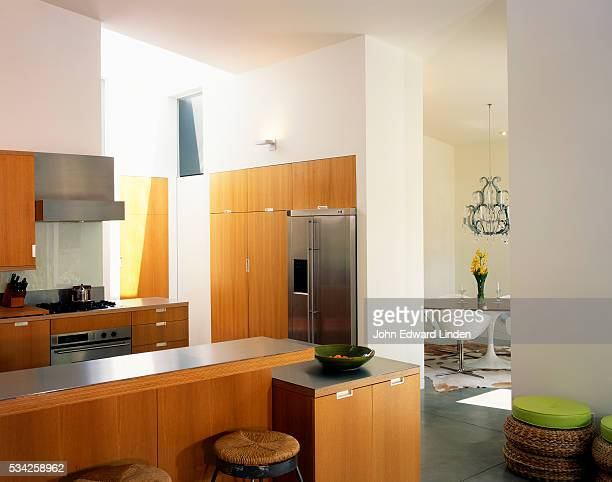 Heavenly Contemporary: Kitchen
