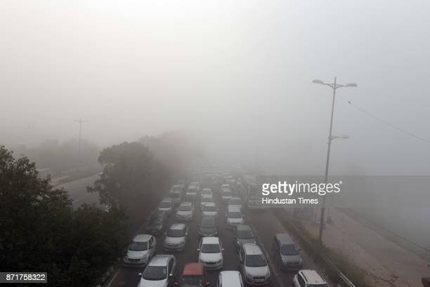 Heavy fog on Delhi- UP link road near Mayur Vihar Phase -I on November 8, 2017 in New Delhi, India.