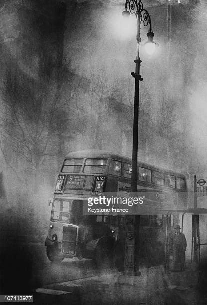 Heavy Fog Paralysing Traffic In London