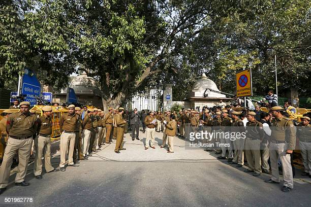 Heavy police deployed at Patiala House court during the hearing of Congress President Sonia Gandhi and Vice President Rahul Gandhi in National Herald...