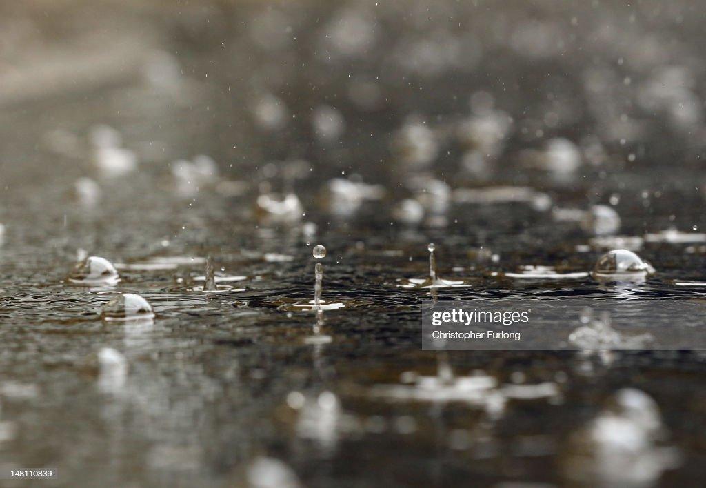 Flash Flooding Hits Hebden Bridge : Nachrichtenfoto