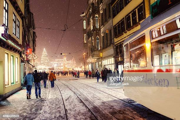 heavy snow at christmas time in erfurt - erfurt stock pictures, royalty-free photos & images