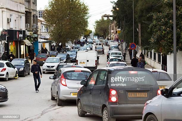 lourd trafic dans cheraga, en algérie - algerie photos et images de collection