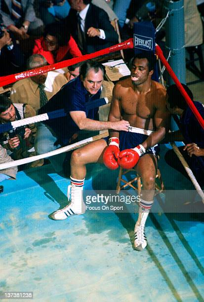Heavyweight boxer Ken Norton sits in his corner and looks on inbetween rounds during a heavyweight fight circa 1977