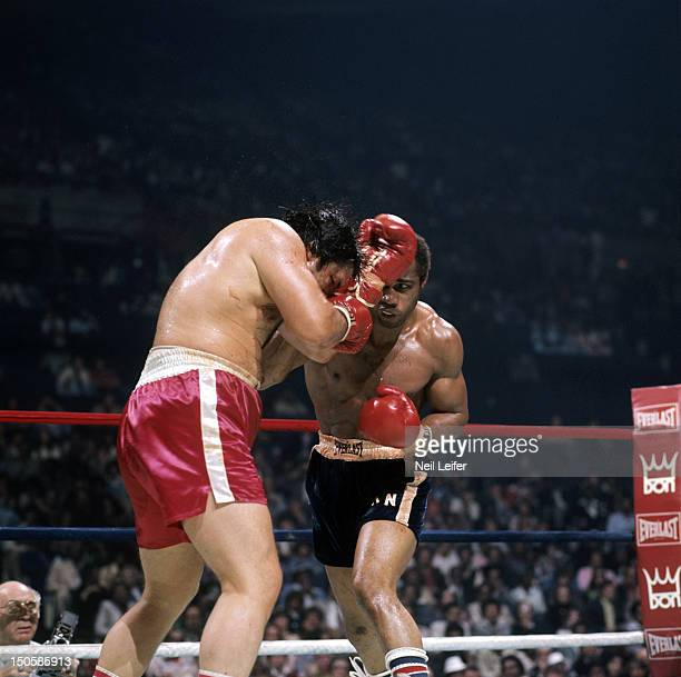 Ken Norton in action vs Ron Stander during fight at Capital Centre Landover MD CREDIT Neil Leifer