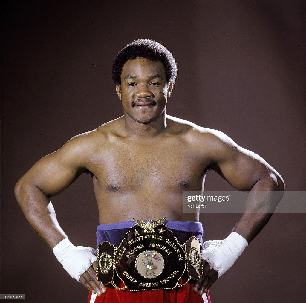 George Foreman, Heavyweight Boxing : News Photo