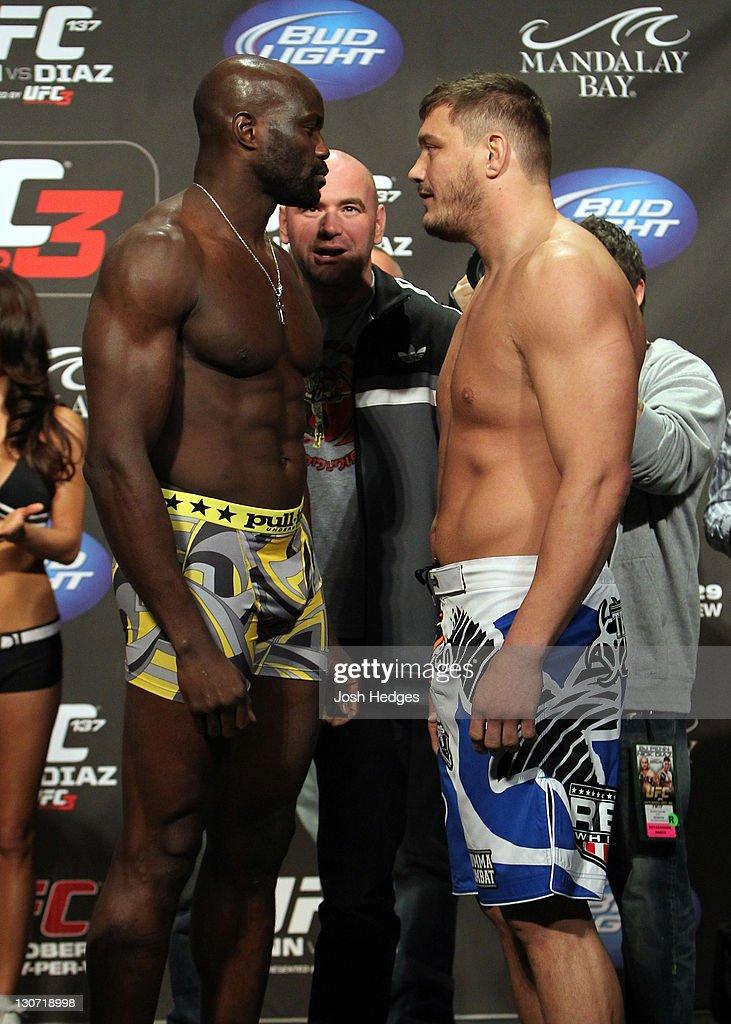 UFC 137: Penn v Diaz - Weigh-In