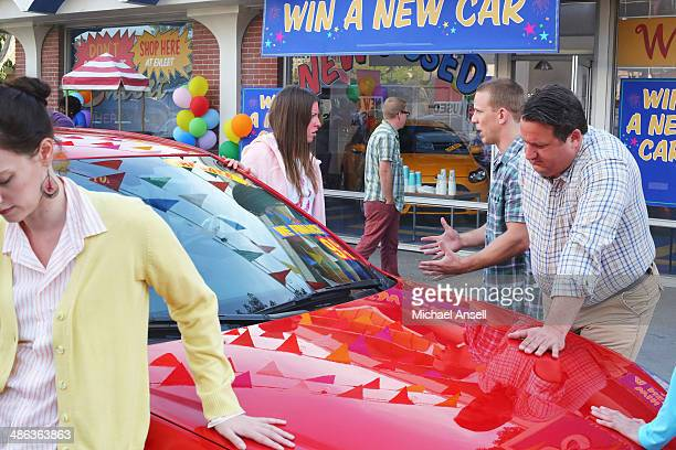 THE MIDDLE 'Heck on a Hard Body' Sue is determined to win herself a car and enters Ehlert Motors 'Hands on a Hard Body' contest in which the last...