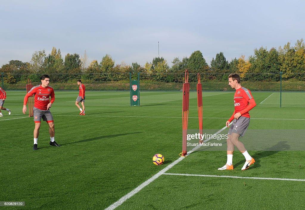 Arsenal Press Conference : ニュース写真