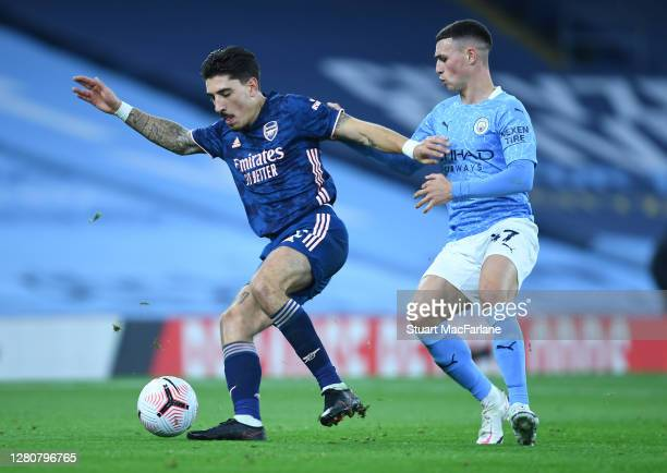 Hector Bellerin of Arsenal breaks past Phil Foden of Man City during the Premier League match between Manchester City and Arsenal at Etihad Stadium...