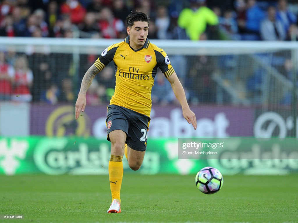 Hector Bellerin of Arsenal during the Premier League match between Burnley and Arsenal at Turf Moor on October 2, 2016 in Burnley, England.